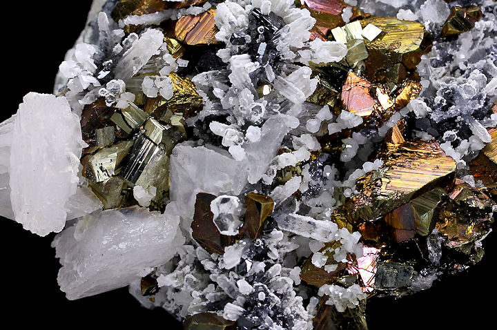 Calcite & Chalcopyrite with Quartz