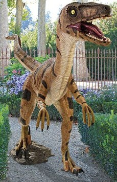 Velociraptor, Jurassic-sized Dinosaur Sculpture